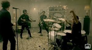 21 Guns - Green Day source: fanpop.com