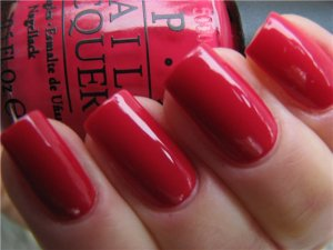 Dutch Tulips by OPI www.beautymaniacs.org
